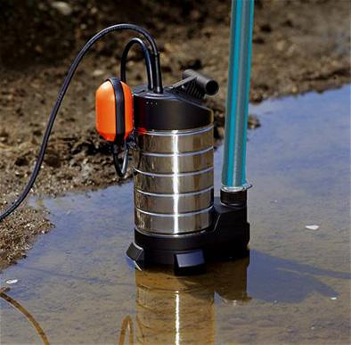 Погружной дренажный насос может быть использоваться для перекачки как чистой, так и загрязненной воды.